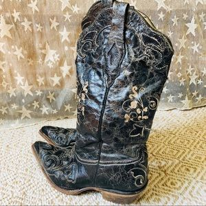 Corral • Distressed Boho Western Boots